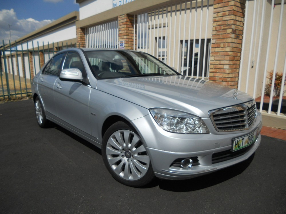 Mercedes benz c200k elegance a tfirst cars for Mercedes benz payment calculator