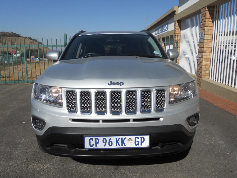 jeep compass 2 0 ltdfirst cars. Black Bedroom Furniture Sets. Home Design Ideas